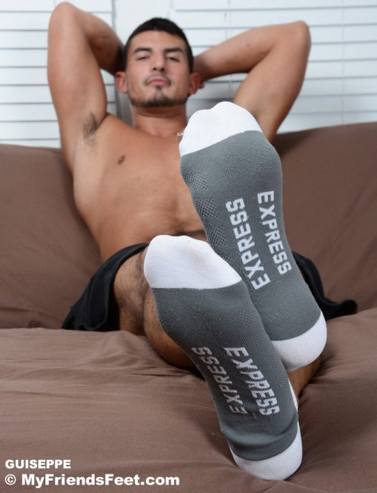 Masculine Italian Guiseppe Has Gorgeous Big Feet