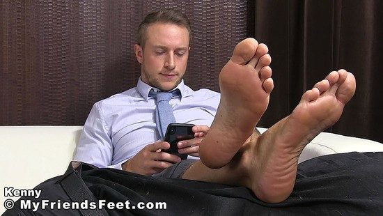 Tables Are Turned – Kenny's Boss Becomes His Slave and Services His Big Masculine Feet